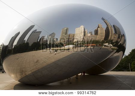 Cloud Gate in Chicago Millennium Park