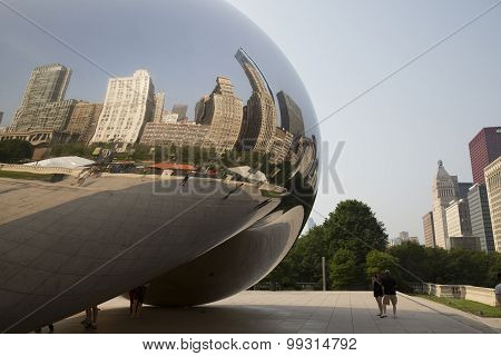 CHICAGO,IL/USA - JULY 5 2015: Cloud Gate in Chicago, IL.
