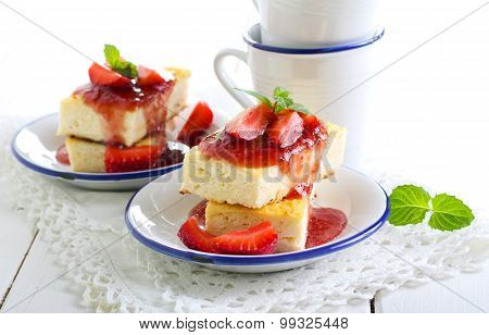 Cheesecake Slices With Strawberry Topping