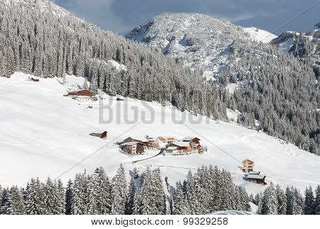 Chalets And Farmhouses, Near Mount Biberkopf, Warth Am Alberg,vorarlberg, Austria