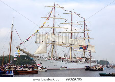 Polish Tallship Dar Mlodziezy