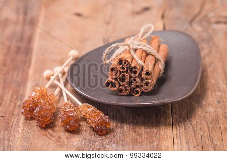 Cinnamon Sticks With Caramelized Sugar