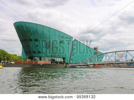 The Nemo Museum,the Largest Science Childrens Museum And Center Of Tourism In Amsterdam.