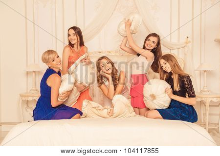 Attractive Cute Girls Celebrating A Bachelorette Party Of Bride Throwing Pillows