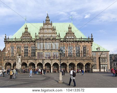 Bremen, Germany - October 5th, 2015: Town hall of Bremen with the famous Roland statue in front