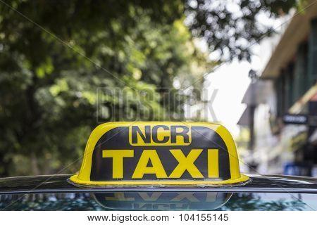 Delhi Taxi Yellow Cab