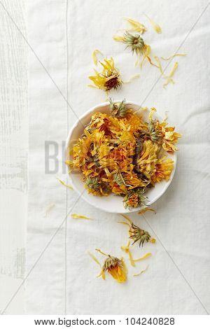 Organic pot marigold flowers (Calendula officinalis) for tea