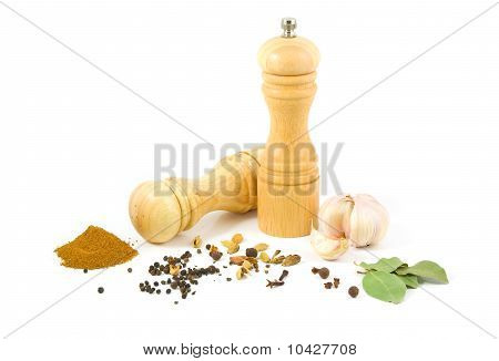 Wooden Salt Shaker And Pepper Grinder And Set Of Spices