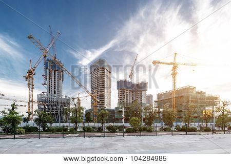 construction site close to pavement under sunshine