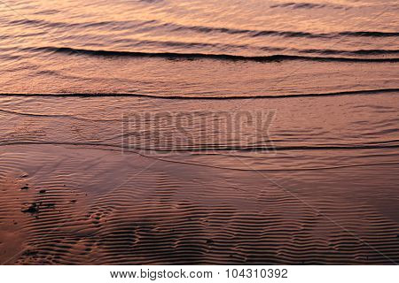 tide water to the sandy shores