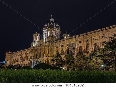 Naturhistorisches Museum In Vienna At Night