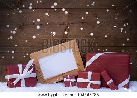 Red Christmas Decoration, Gifts, Snow, Copy Space, Snowflakes