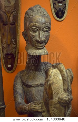 Wooden statue of an aborigine