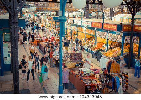 People shopping in the Central Market Hall in Budapest