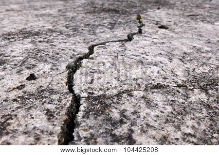 Old Crack Concrete Wall Texture