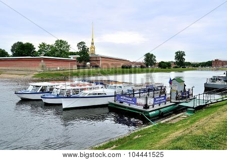 Excursion Boats Standing At The Berth At Neva River Near Peter And Paul Fortress In Saint-petersburg