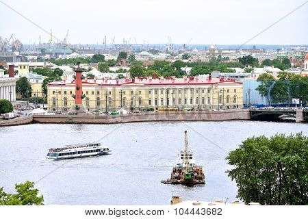 Water Area Of Neva River And Historical Bulding Of Southern Warehouse  In The Center In Saint Peters