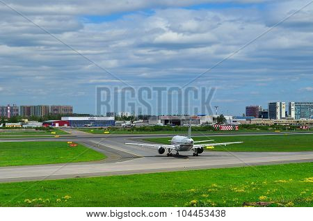Rossiya Airlines Airbus A319-112 Aircrafts In Pulkovo International Airport In Saint-petersburg, Rus