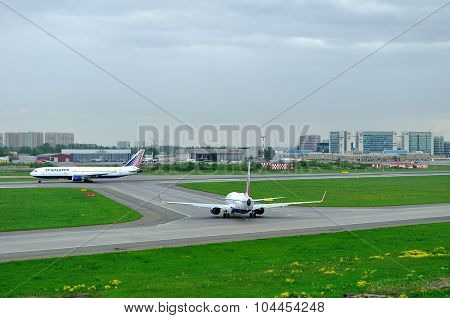 Transaero Airline Boeing 767-3P6Er And Boeing 737-85P Aircrafts In Pulkovo International Airport In