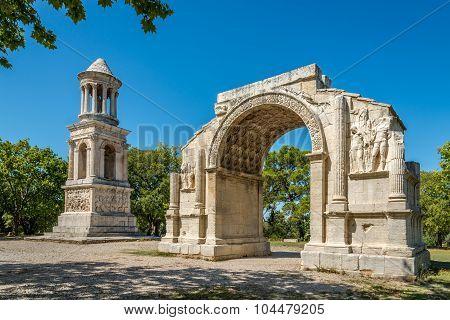 Ancient Les Antiques Of Saint-remy-de-provence