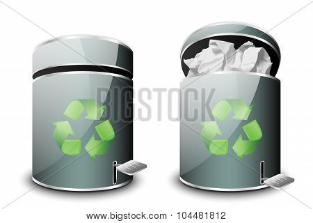 Full And Empty Trash Icons. Vector