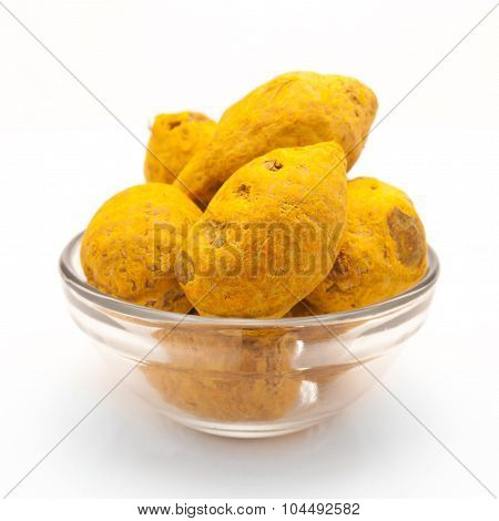 Bowl of Organic Round Turmeric.