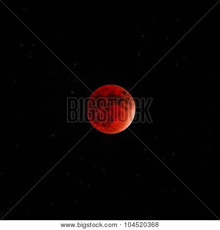 Full Lunar eclipse super moon red bloody dark sky