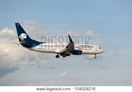 MIAMI, USA - April 29, 2015: Boeing 737 Aeromexico landing at Miami International Airport.