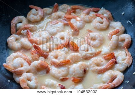 shrimps in wok close up