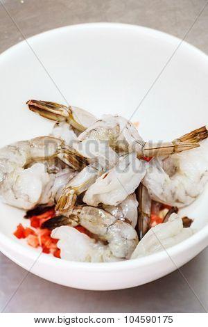 raw prawns with spice