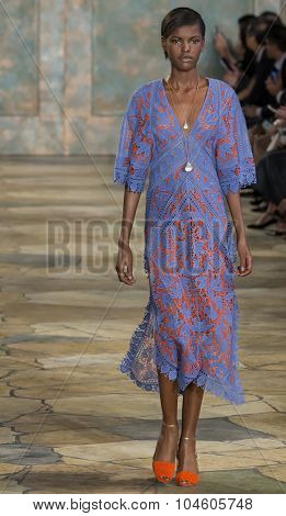 Tory Burch - Spring Summer 2016 Collection