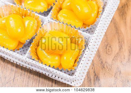 Golden Jackfruit Seeds,Met Khanoon: THAI Dessert