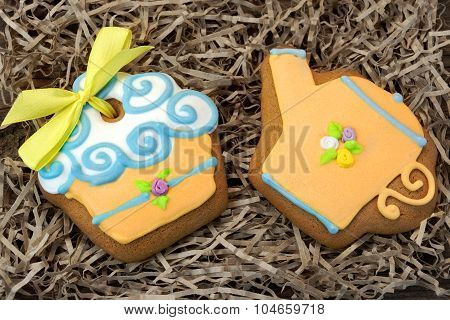 Nestled Glazed Gingerbread With Sweet Decoration