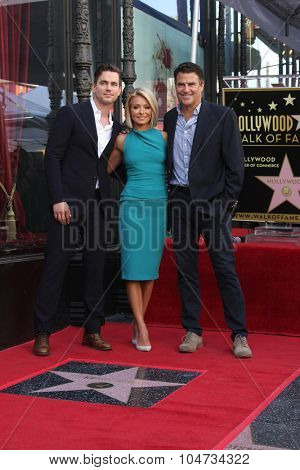 LOS ANGELES - OCT 12:  Matt Bomer, Kelly Ripa, Ted McGinley at the Kelly Ripa Hollywood Walk of Fame Ceremony at the Hollywood Walk of Fame on October 12, 2015 in Los Angeles, CA