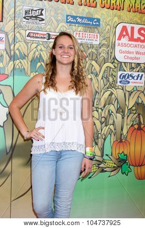 LOS ANGELES - OCT 9:  Lauren Suthers at the Celebrities Salute the Military at Corn Maze at the Big Horse Feed and Mercantile on October 9, 2015 in Temecula, CA