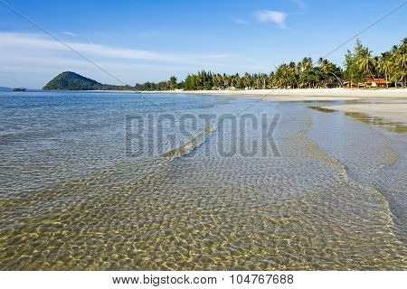 Beautiful Natural Thung Wua Lan Beach