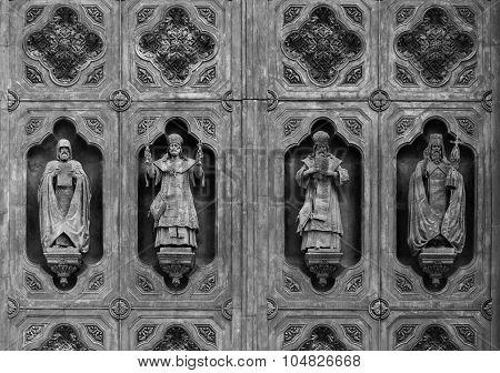 Holy Sculptures