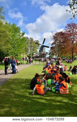 Lisse, The Netherlands - May 7, 2015: Students Field Trip At Famous Garden In Keukenhof.
