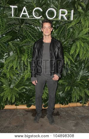 LOS ANGELES - OCT 6:  Justin Price at the Club Tacori Riviera at the Roosevelt at the Roosevelt Hotel on October 6, 2015 in Los Angeles, CA