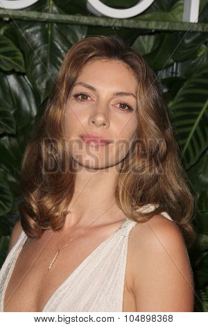 LOS ANGELES - OCT 6:  Dawn Olivieri at the Club Tacori Riviera at the Roosevelt at the Roosevelt Hotel on October 6, 2015 in Los Angeles, CA