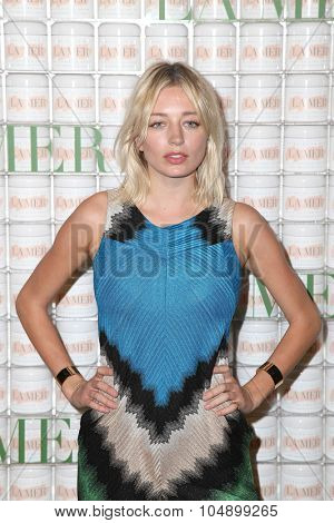 LOS ANGELES - OCT 13:  Caroline Vreeland at the La Mer Celebration Of An Icon Global Event at the Siren Studios on October 13, 2015 in Los Angeles, CA