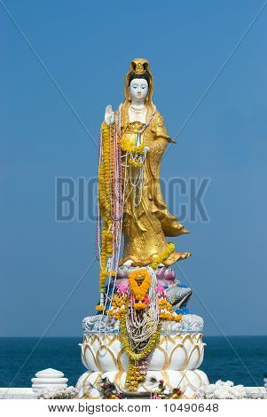 Guanyin Statue In Thailand