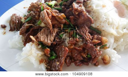 Beef Fried With Garlic And Rice. Thai Food