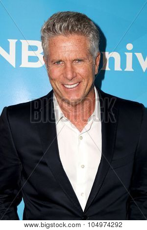 LOS ANGELES - AUG 12:  Donny Deutsch at the NBCUniversal 2015 TCA Summer Press Tour at the Beverly Hilton Hotel on August 12, 2015 in Beverly Hills, CA