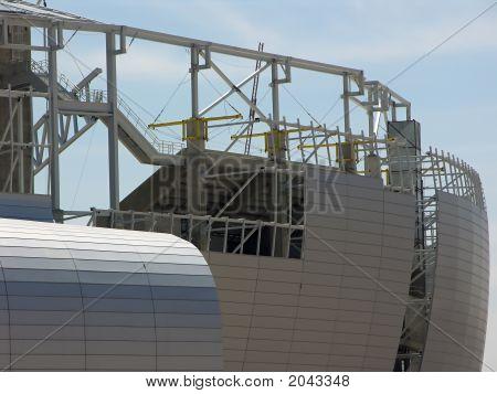 Side Panels Construction