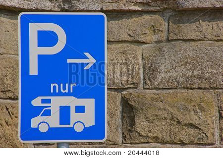 Parking sign for motorhomes