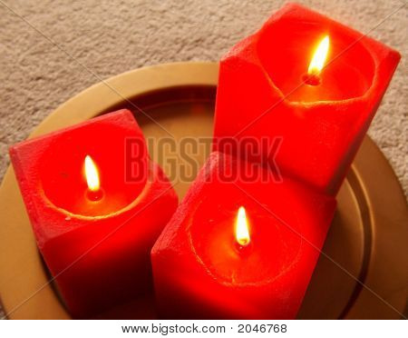 Spa Candles Close