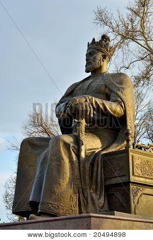 Tamerlane Statue Insamarkand