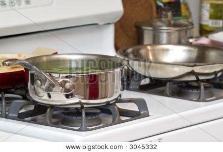Pots A Cookin'
