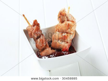 Grilled pork skewer with barbecue sauce